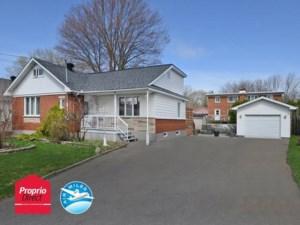 19073079 - Maison à étages à vendre