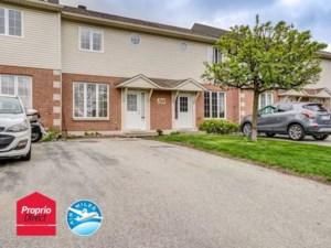 27068901 - Maison à étages à vendre