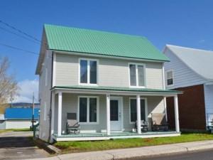 9232484 - Maison à étages à vendre
