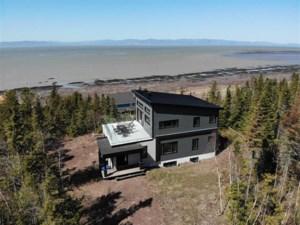 21555247 - Maison à étages à vendre