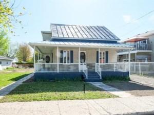 12904256 - Maison à étages à vendre