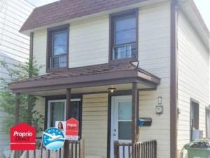 21729458 - Maison à étages à vendre