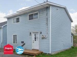 24919112 - Maison à étages à vendre