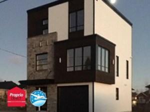 27101169 - Maison à étages à vendre