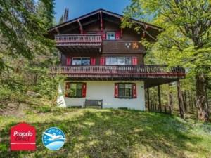 22569783 - Maison à étages à vendre