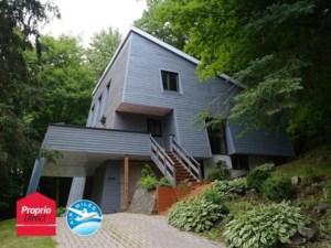 15844742 - Maison à étages à vendre