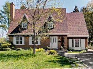 24478153 - Maison à étages à vendre