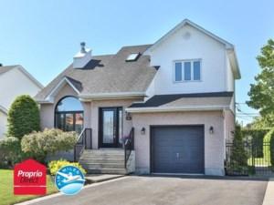 27359024 - Maison à étages à vendre