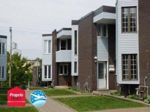 28826717 - Maison à étages à vendre