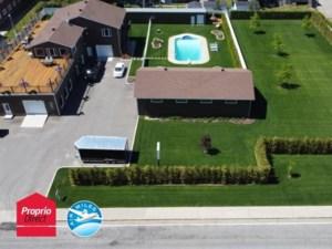 10126873 - Maison à étages à vendre