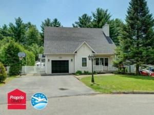 10452042 - Maison à étages à vendre