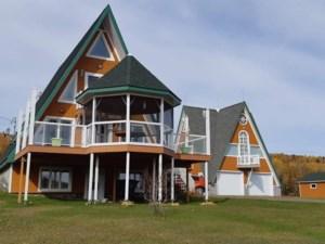 17913882 - Maison à étages à vendre