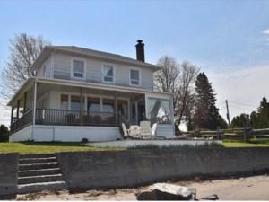 24616729 - Maison à étages à vendre