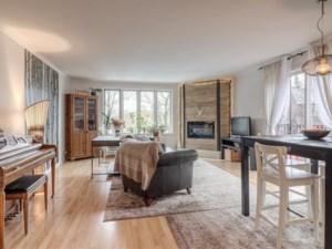 12087135 - Maison à étages à vendre