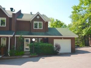 17446348 - Maison à étages à vendre