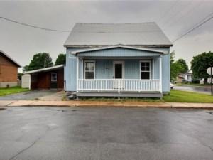 12583518 - Maison à étages à vendre