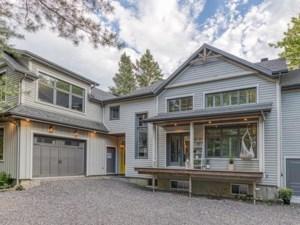 26522393 - Maison à étages à vendre