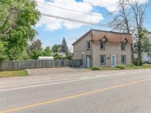 22053645 - Maison à étages à vendre