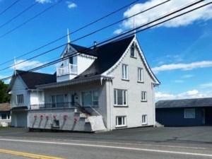 22663745 - Maison à étages à vendre