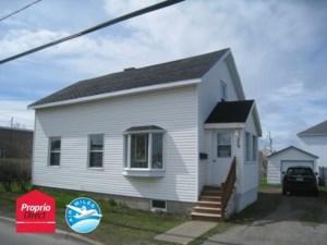 17028139 - Maison à étages à vendre