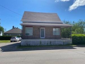 14647856 - Maison à étages à vendre