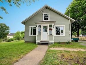 9964215 - Maison à 1 étage et demi à vendre