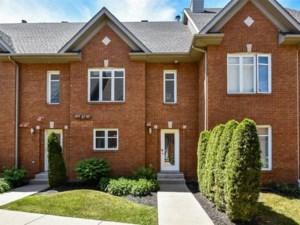 27226330 - Maison à étages à vendre