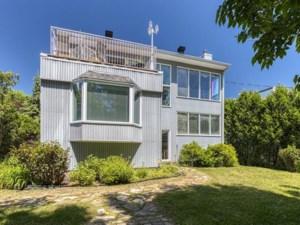 27368606 - Maison à étages à vendre