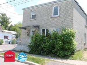 16484000 - Maison à étages à vendre