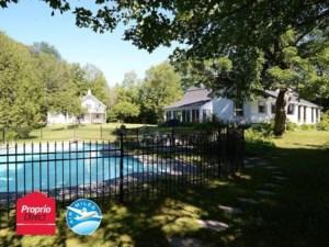 9330596 - Maison à étages à vendre
