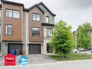 22186391 - Maison à étages à vendre