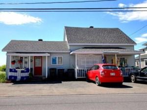 23602618 - Maison à étages à vendre
