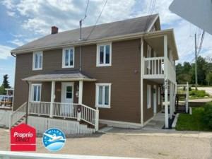 10856678 - Maison à étages à vendre
