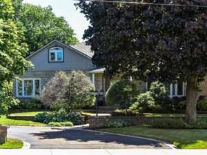 9545283 - Maison à étages à vendre