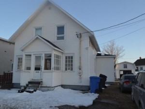 15573831 - Maison à 1 étage et demi à vendre