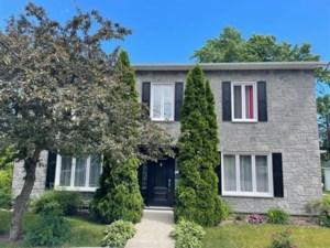 16144187 - Maison à étages à vendre
