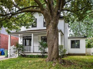 20615780 - Maison à étages à vendre