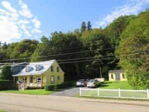 24369528 - Maison à 1 étage et demi à vendre