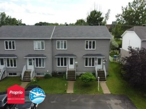 27047236 - Maison à étages à vendre