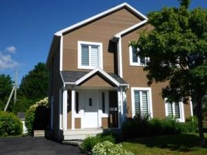 22761840 - Maison à étages à vendre