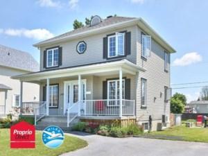 20962342 - Maison à étages à vendre