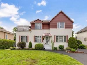 12769281 - Maison à étages à vendre