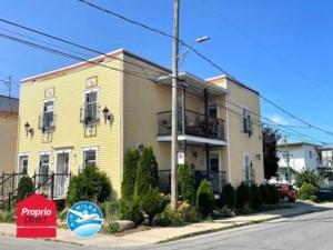 16810923 - Maison à étages à vendre