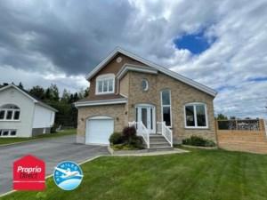 28832511 - Maison à étages à vendre