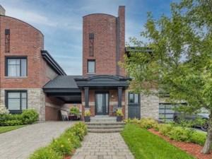25830975 - Maison à étages à vendre