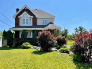 9547744 - Maison à étages à vendre