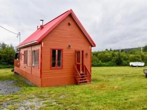 19050116 - Maison à 1 étage et demi à vendre