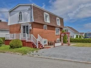 11953883 - Maison à étages à vendre