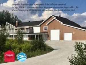 11155631 - Maison à étages à vendre