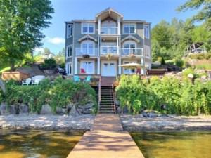 26320634 - Maison à étages à vendre